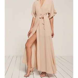 Reformation Winslow dress in champagne